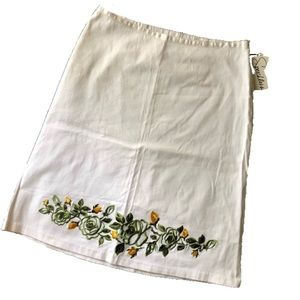 Speechless :: floral embroidered skirt NWT